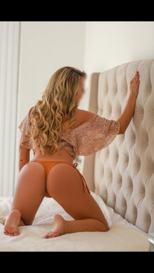 Laureanne outcall escort in Washougal WA